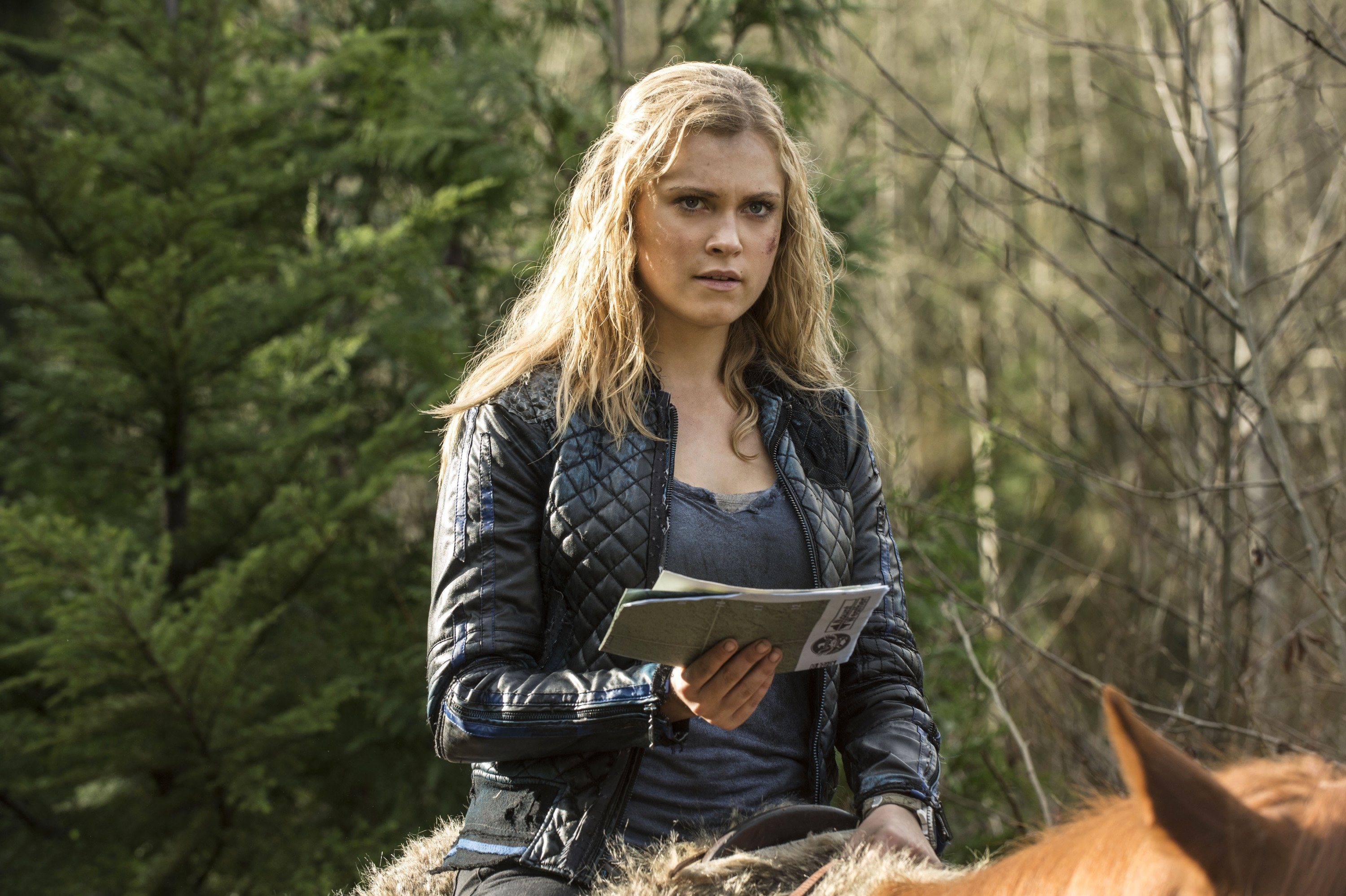 Clarke Griffin S Bomber Jacket The 100